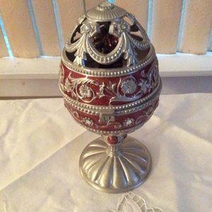 Egg shaped music box